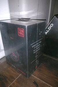 Brand new beats by Dre Solo 3
