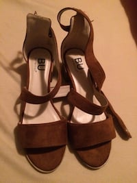 pair of brown leather open-toe ankle strap heels Elkhart, 46516