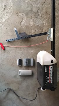 Liftmaster 1/2 hp garage door opener Montréal, H3W 1W6