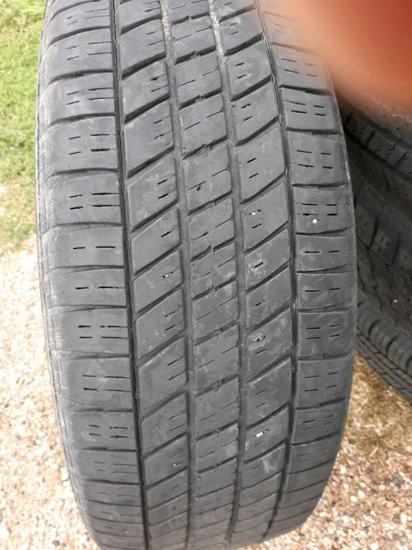 Used Tires 225 1
