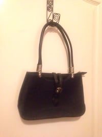 Small Black Purse Edmonton, T5W 2L5