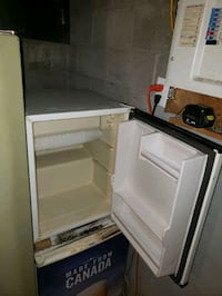 Mini fridge Fort Erie, L2A 4A8
