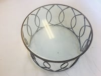 Round Iron Glass Table null