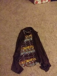 Blouse and vest box xsmall