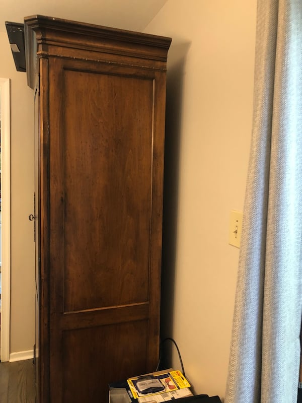Antique Armoire, Great Condition 2