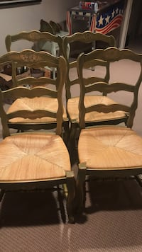 Solid wood French provincial chairs - excellent condition  Markham, L3T 7E5