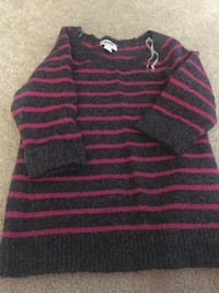 Women sweater size S-M Manchester, 06042