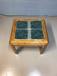 End table Martinsburg, 25405
