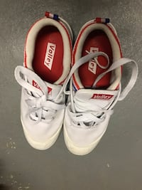 volley shoes 马卡姆, L3R 5S2