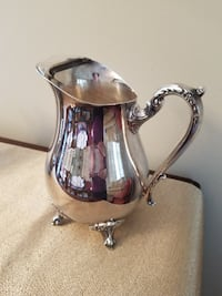 silverplate water pitcher   8 inch x 6 in
