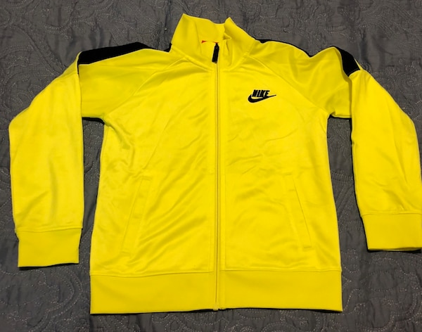 b144bd5f6ed5 Used Yellow and black nike zip-up jacket for sale in New York - letgo