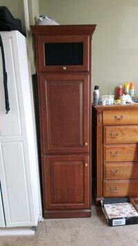 21x24x78 cabinet or pantry, perfect condition