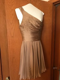 Halston designer cocktail dress- size 4 fitted/runs small. Paid $485. Worn once and cleaned.