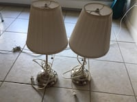Table laps. Selling the pair for $10 they both work perfectly and come with bulbs. Burnaby, V5H 3Y9