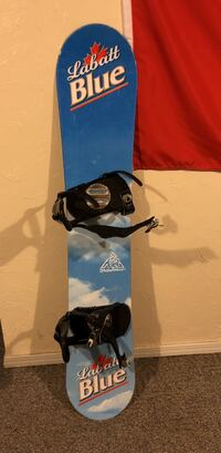 black and blue snowboard with bindings Tallmadge, 44278