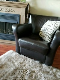 Brown leather chair Mississauga, L5J 4B6