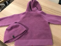 North face toddler coat and hat  795 km