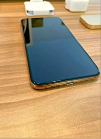 IPHONE XS MAX 256GB  (UNLOCKED) GOLD  Toronto