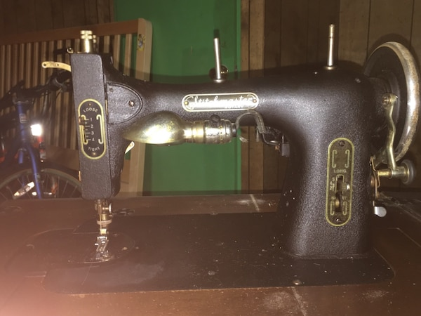 Used Vintage Stitchmaster Sewing Machine For Sale In Chicago Letgo Awesome Complete Sewing Machine Chicago
