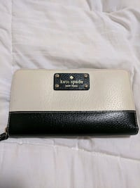 Authentic Kate Spade Wallet Mississauga, L5M 5Z9