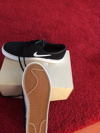 Size 9 y never used