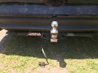 Trailer Hitch Used Once-Everything included that is pictured Bolivia, 28422