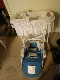 baby's blue and white stroller London, N5V 4N3