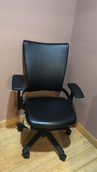 black and gray rolling armchair Carteret, 07008