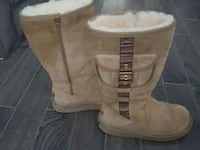 pair of brown leather boots Kitchener, N2M 5C8