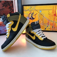 Nike Dunk High Top  Los Angeles, 90291