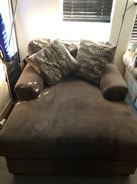 Brown chase lounge sofa chair Burtonsville, 20866
