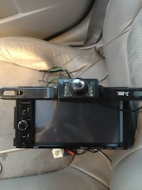 black 2-din car stereo