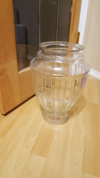 clear large glass vase