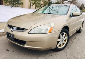 $3900 Firm • 2003 Honda Accord Leather Drives Good NO check engine light