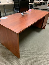 Cherry Straight Office Desk Tigard, 97223
