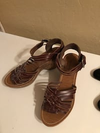 pair of brown leather open-toe strappy heels Ronkonkoma, 11779