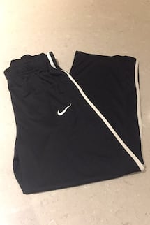 Nike pants size youth L