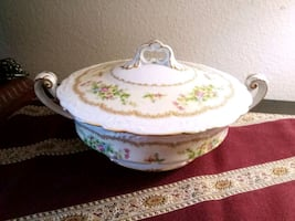 NORITAKE Floral Covered Vegetable Bowl