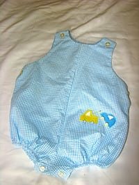 9M Blue and White Checked Romper With Wrecker and Car  Appliquéd on Front null