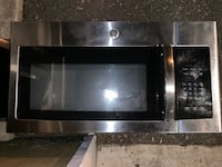 Stainless steel and black microwave oven Woodbridge, 22191