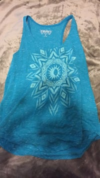 Teal tank top size medium Tuscola, 79562