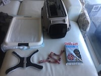 Puppy starter kit: crate+puppy pad + Top Paw Harness+ Red Harness+3 puppy pads Toronto, M6K 3P1