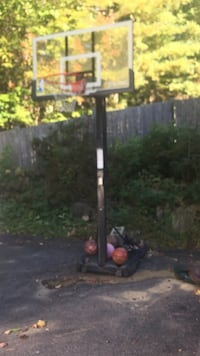 Adjustable NBA Spaulding basketball net Salem, 03079