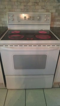 white and black induction range oven Whitby, L1N 9E2