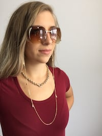 Women's gold sunglasses with gold chain (brand new) hourpastpaid.com Montréal, H4V 1S1