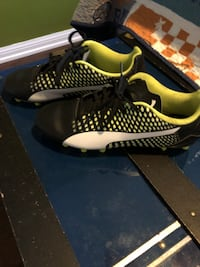 Pumas youth cleats soccer shoes