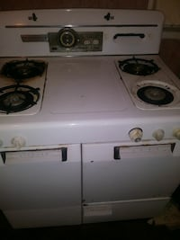 Used Vintage Magic Chef In Working Order For Sale In Akron