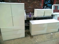 5 PC Bedroom Set Great Condition