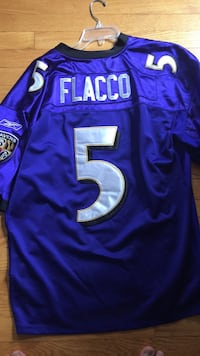 Purple Joe Flacco Ravens jersey Size 50 Large fitting Baltimore, 21212