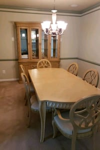 Divorce Sale - Dining Room Table, 6 Chairs and China Cabinet Haymarket, 20169